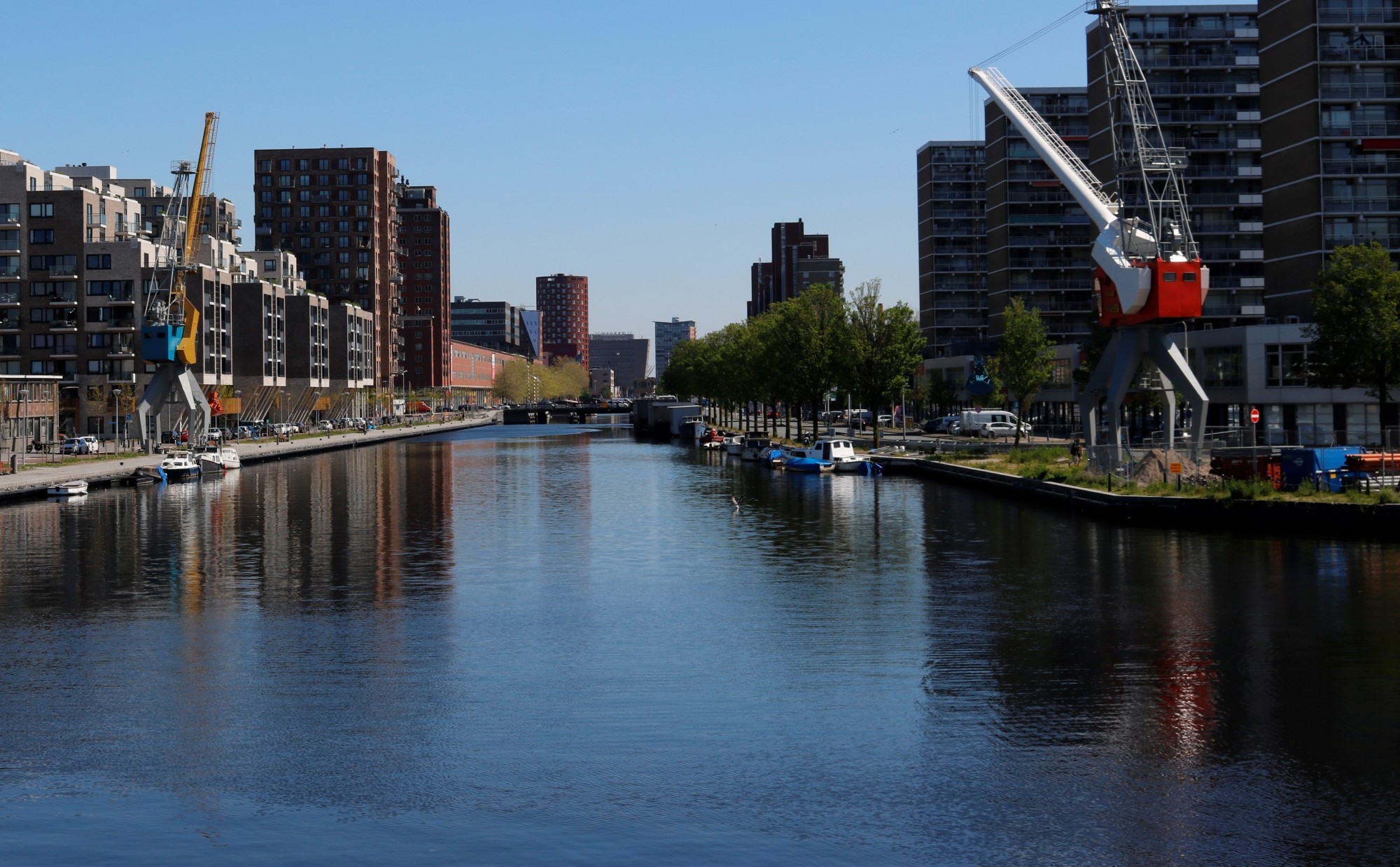 Op stap door het oudste Haagse industriegebied, de Laakhaven