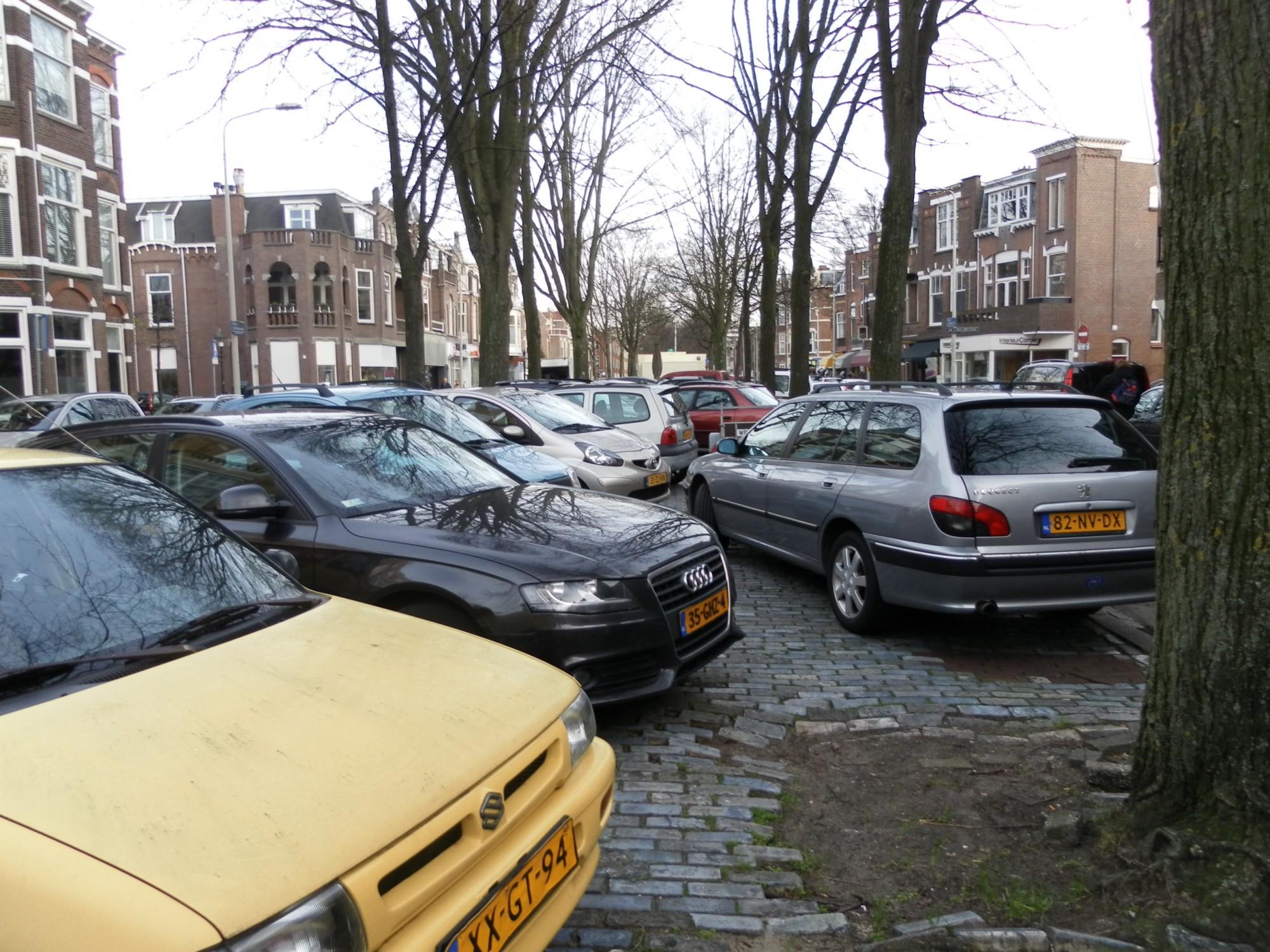 Nota 'Meer lucht, minder auto's' aangeboden aan wethouder Van Asten