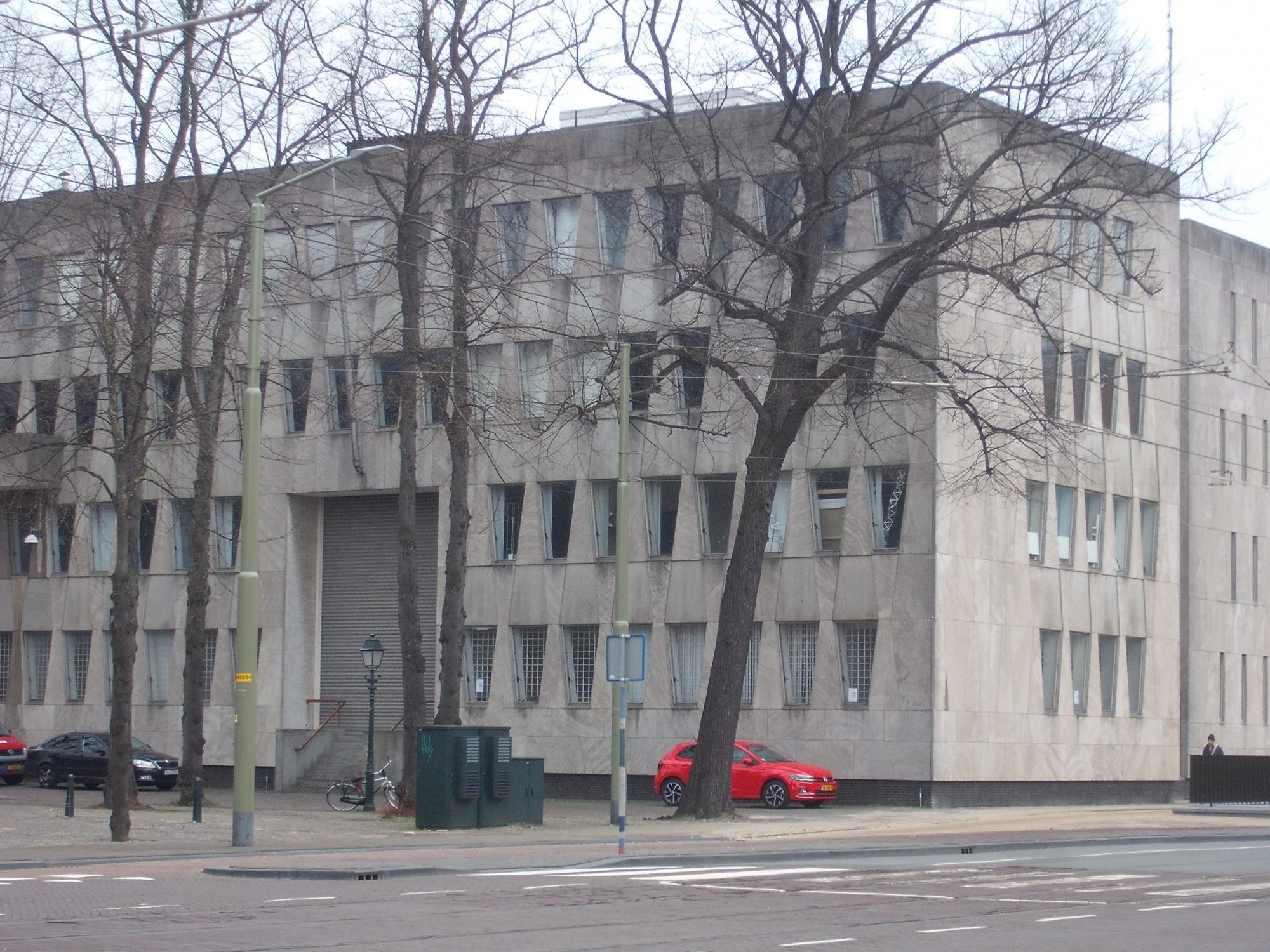 Bezoek aan voormalige Amerikaanse ambassade